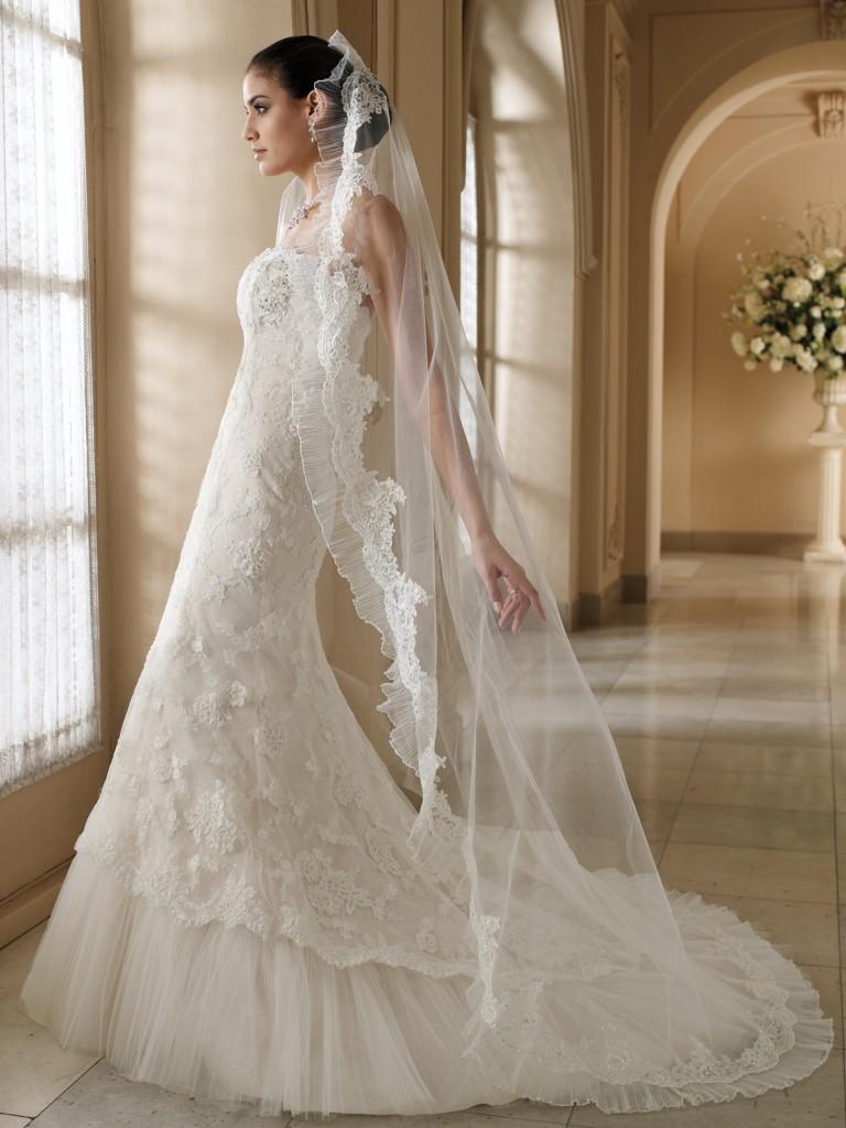 spanish-lace-wedding-veil