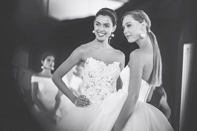 Wedding-dresses-2017-Rosa-Clara