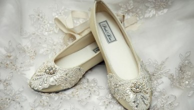 flat-lace-wedding-shoes-with-swarovski-pearls