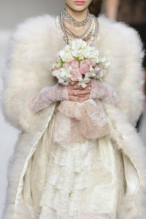 a-winter-bride-the-bridal-show-pinterest
